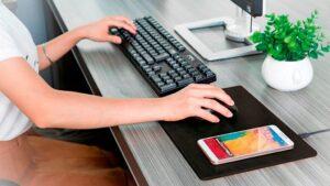 MiniBatt PowerPad, carga tu dispositivo mientras trabajas   Imagenacion