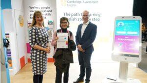 Una profesora gallega gana una prestigiosa beca de Cambridge gracias al uso de la inteligencia artificial en el aula | Imagenacion